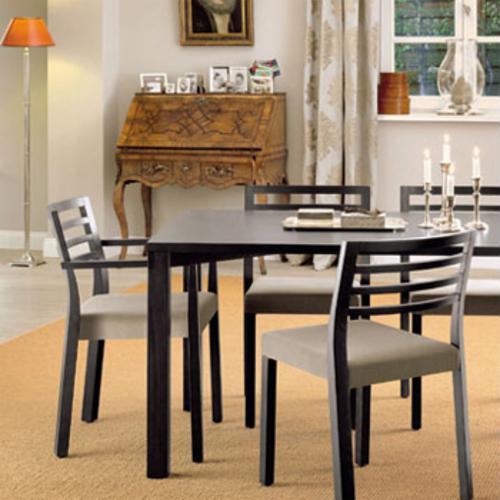 thonet 1480 vierfu tisch thonet lepper schmidt. Black Bedroom Furniture Sets. Home Design Ideas