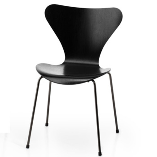 3107 arne jacobsen stuhl fritz hansen serie 7 gef rbte esche lasiert. Black Bedroom Furniture Sets. Home Design Ideas
