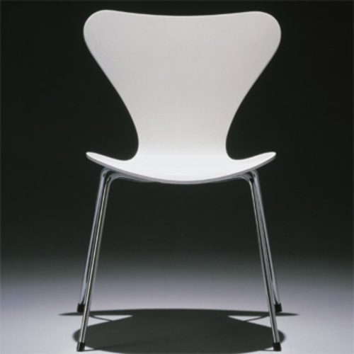 3107 arne jacobsen stuhl fritz hansen serie 7 gef rbte esche lasiert. Black Bedroom Furniture Sets. Home Design Ideas