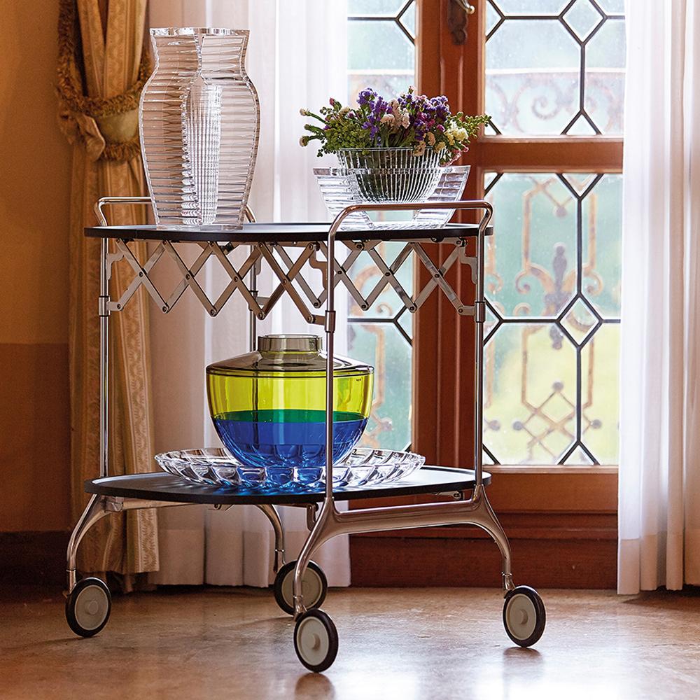 kartell gastone servierwagen schwarz teewagen roll antonio citterio. Black Bedroom Furniture Sets. Home Design Ideas