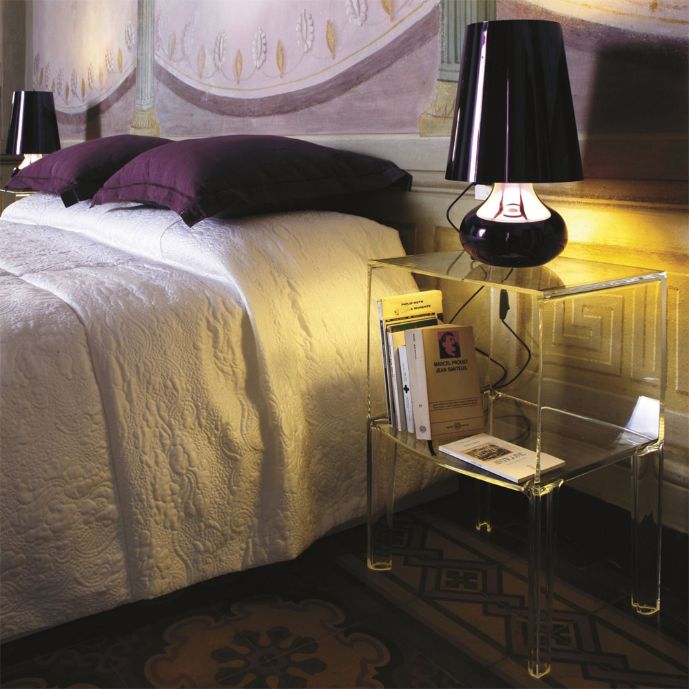 kartell small ghost buster glasklar kommode nachttisch philippe starck. Black Bedroom Furniture Sets. Home Design Ideas