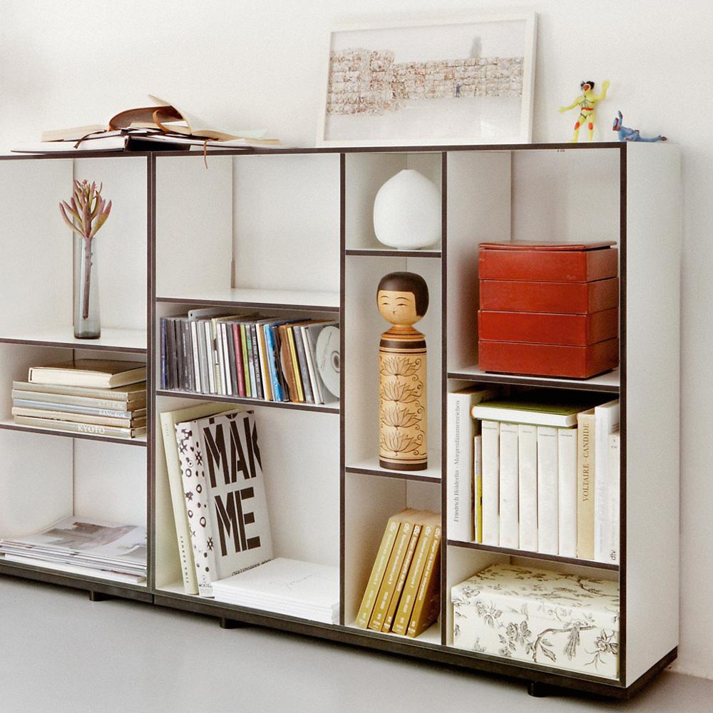 kubus regal authentics wei schwarze kante hertel klarhoefer design. Black Bedroom Furniture Sets. Home Design Ideas