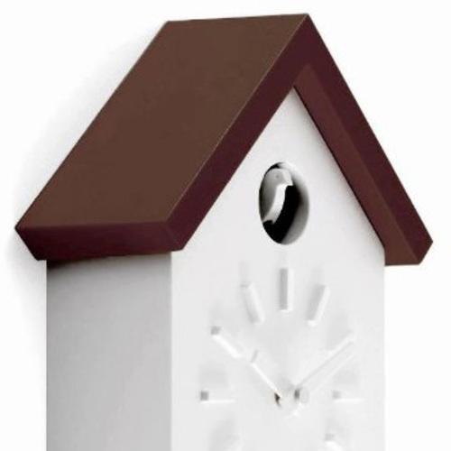 magis cu clock kuckucksuhr dach braun wei schwarzwalduhr. Black Bedroom Furniture Sets. Home Design Ideas