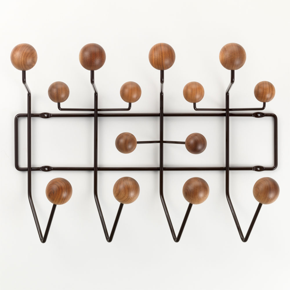 vitra hang it all garderobe nussbaum schokolade eames 20119105. Black Bedroom Furniture Sets. Home Design Ideas