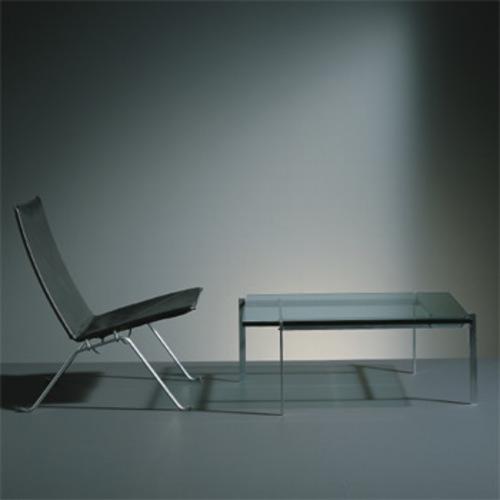 Pk61 sofatisch fritz hansen glasplatte poul kjaerholm for Design sofatisch